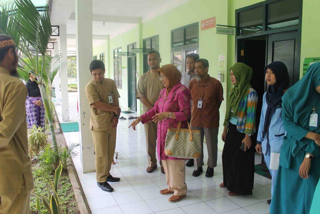 Potret Kegiatan Bimbingan Akreditasi RS At-Turots Al-Islamy Ruang Rawat Inap