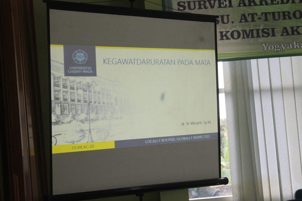 Presentasi seminar Kegawatdaruratan pada mata di Rs. At-turots