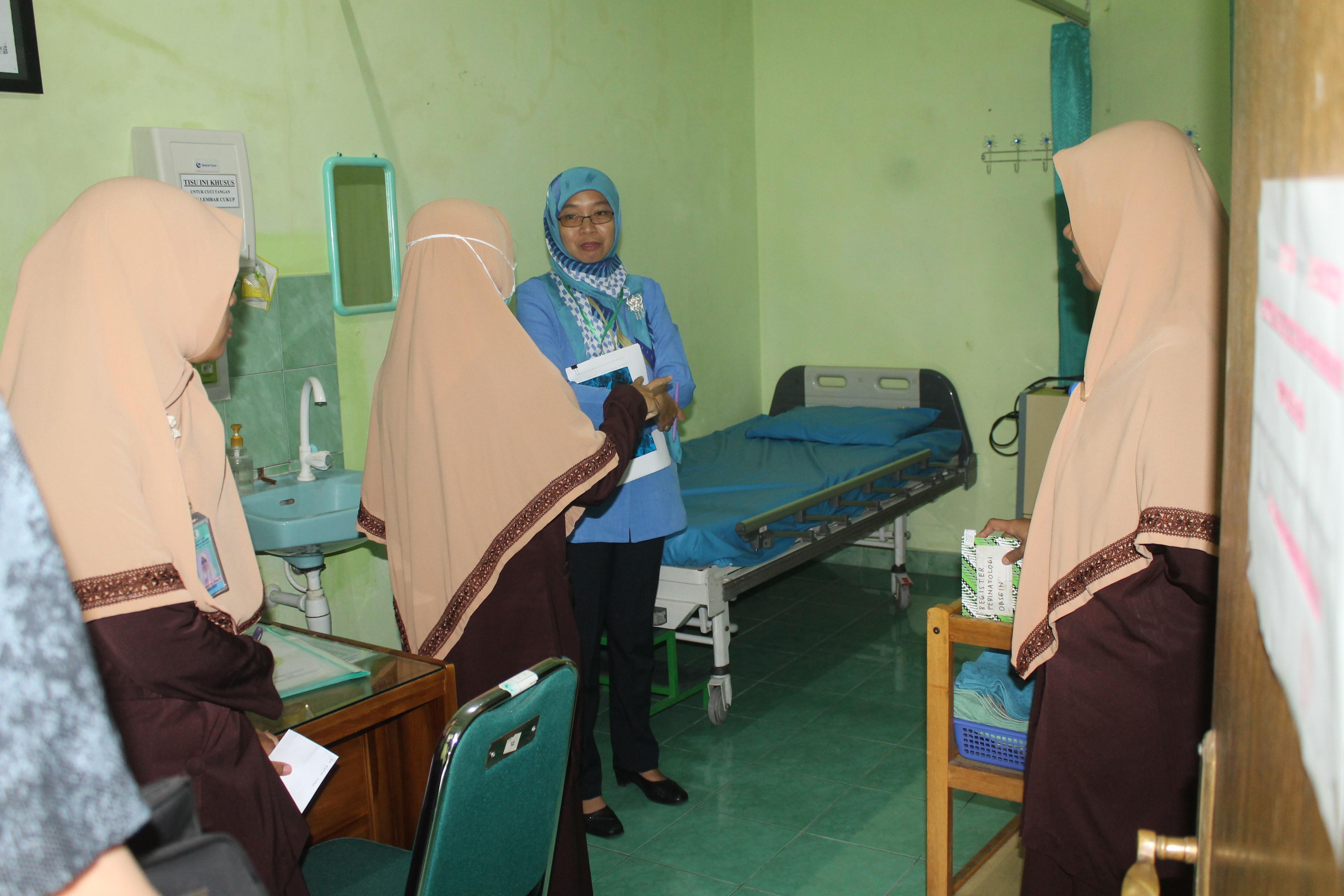Visitasi Verifikasi dan Perizinan Rumah Sakit oleh Dinas